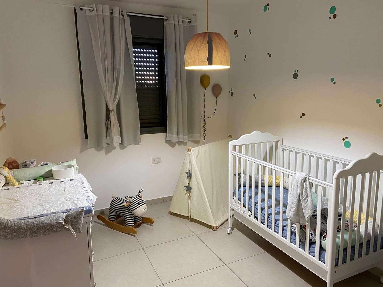 דירה למכירה 5 חדרים בבאר יעקב טופז צמרות המושבה