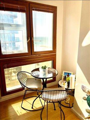 דירה למכירה 3 חדרים בהרצליה רמת ים