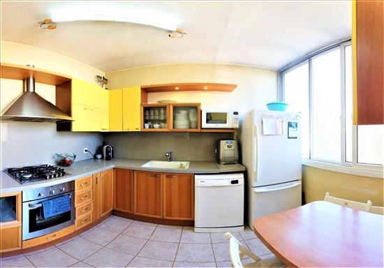דירה למכירה 3.5 חדרים ברמת גן ביאליק מרכז