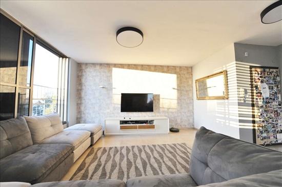 דירה למכירה 4 חדרים בראשון לציון שיבת ציון השומר