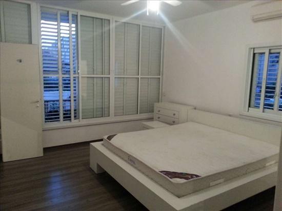 דירה למכירה 3.5 חדרים ברחובות ד''ר מוסקוביץ' מרכז