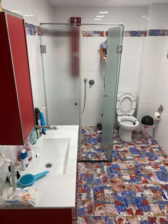 מקלחת 1