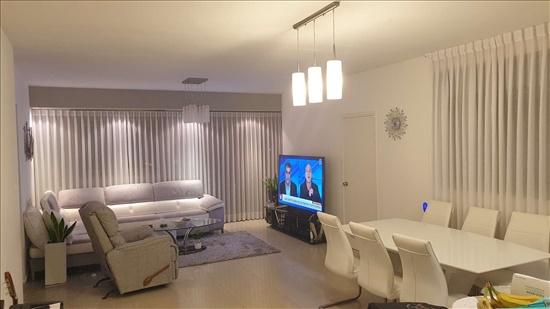 דירה למכירה 5 חדרים בנתניה בילינסון 18 מרכז העיר