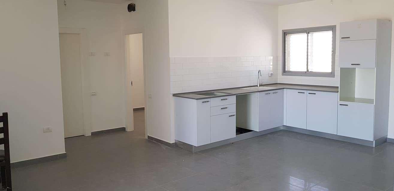דירה למכירה 4 חדרים בירוחם דינה