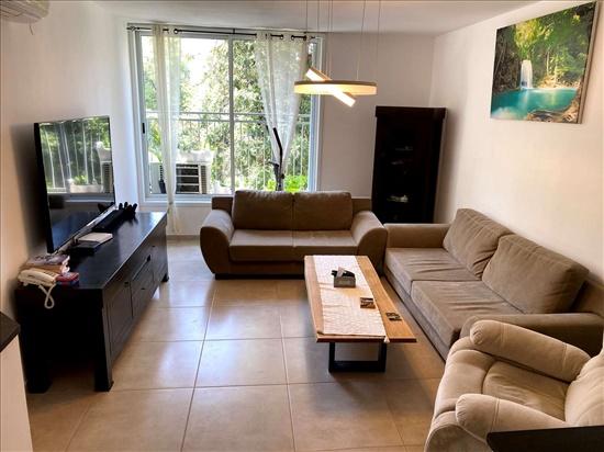 דירה למכירה 4 חדרים בראשון לציון ראובן ובת שבע קדמת ראשון