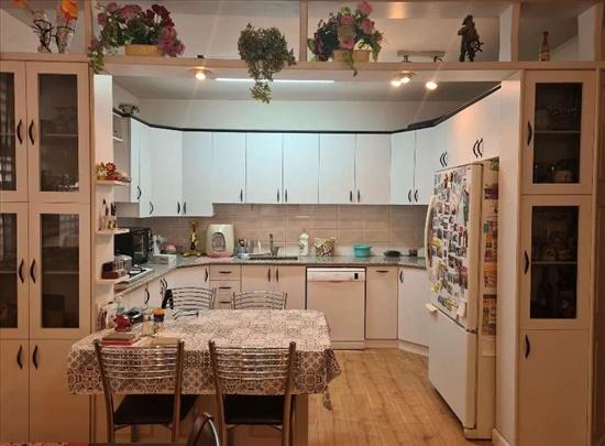 דירה למכירה 4 חדרים בנס ציונה גבעתי