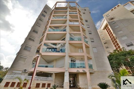 דירה למכירה 4 חדרים בתל אביב יפו בושם כפר שלם
