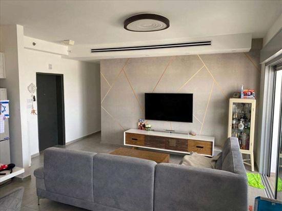 דירה למכירה 4 חדרים בקרית גת היסמין 10