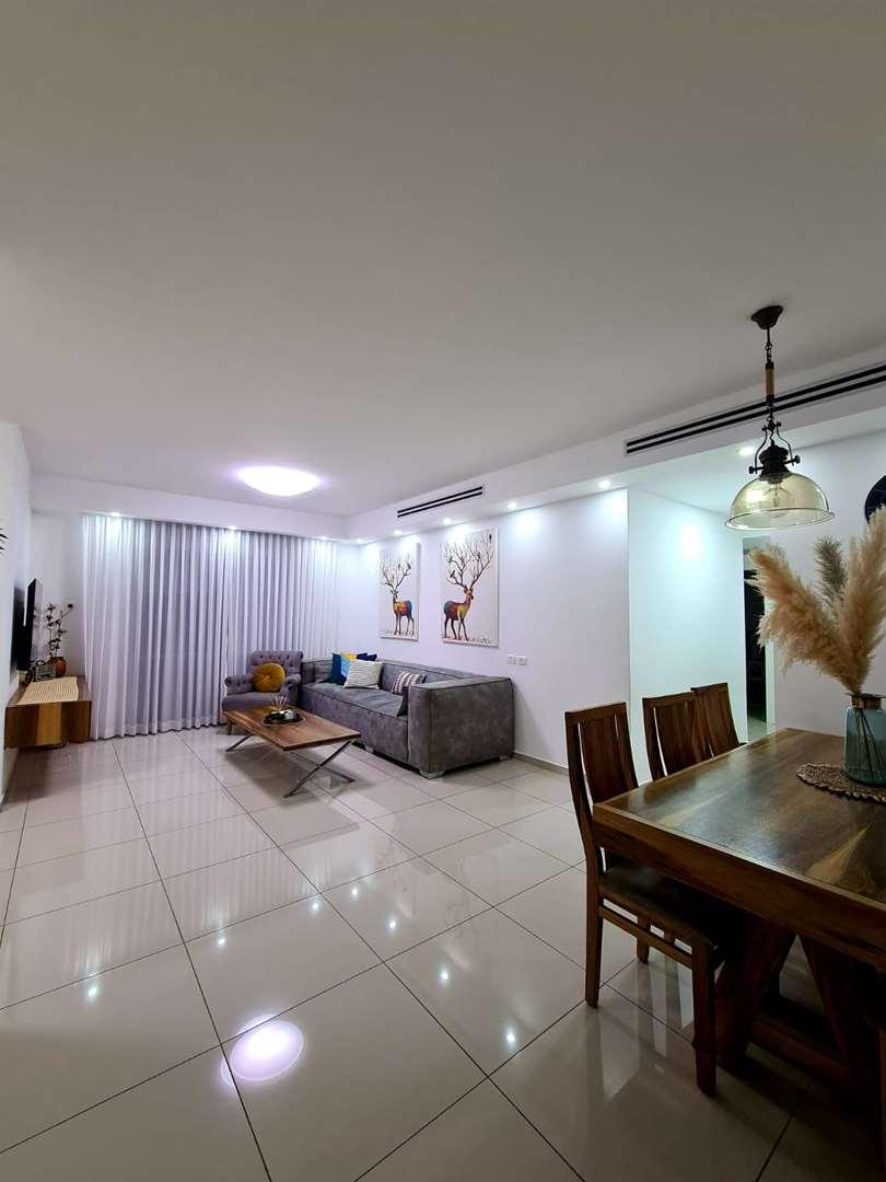 דירה למכירה 4 חדרים בבאר שבע שדרות הערים התואמות רמות