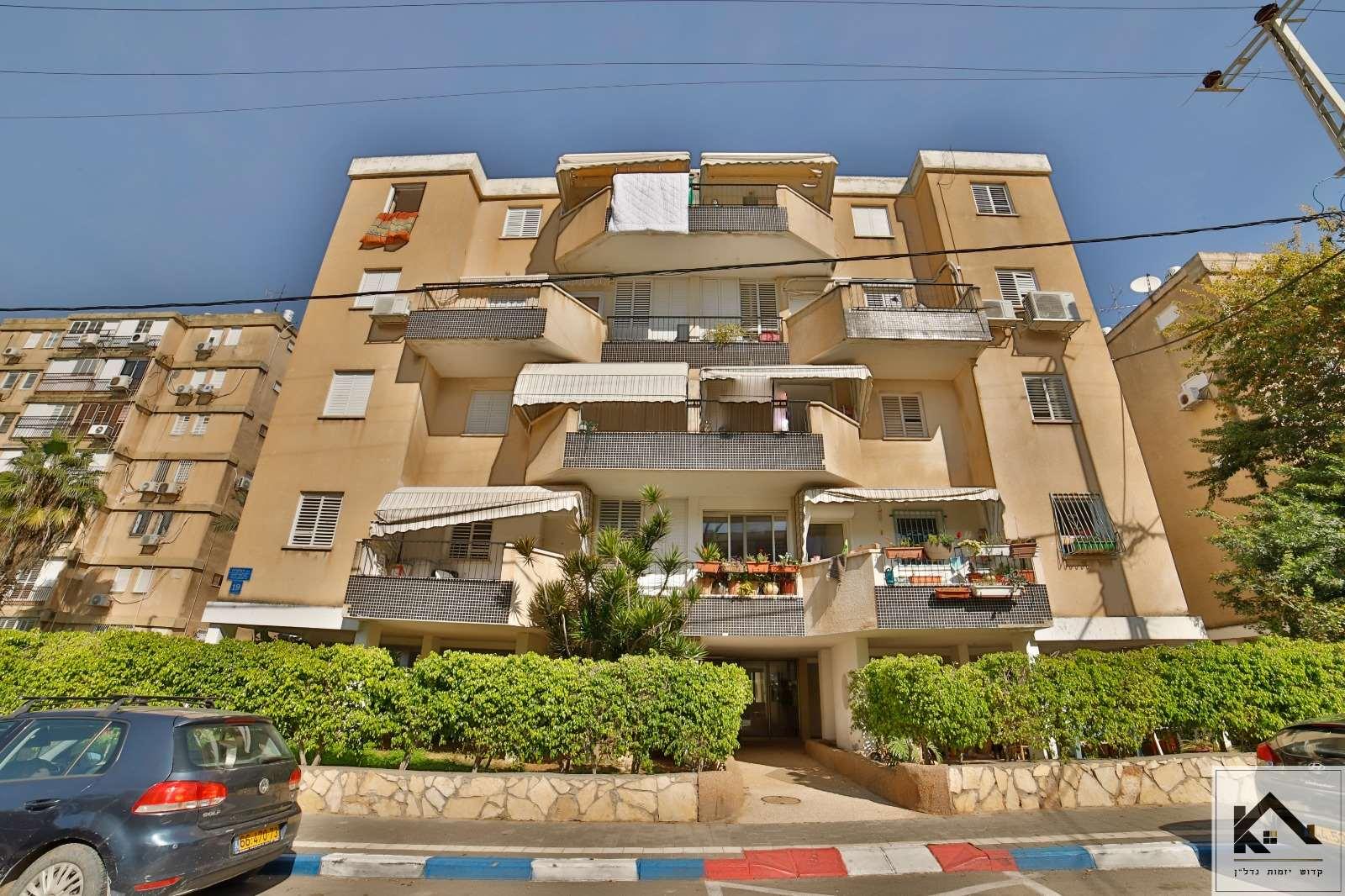 דירה, 4 חדרים, הפלמ''ח, תל אביב יפו