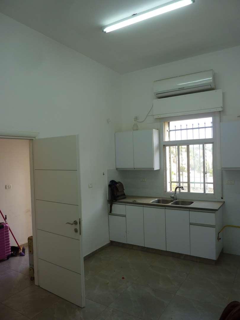 דירה למכירה 5 חדרים בירושלים חיים הלר גבעת מרדכי
