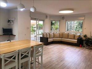 פנטהאוז למכירה 5 חדרים בחיפה התיכון 33