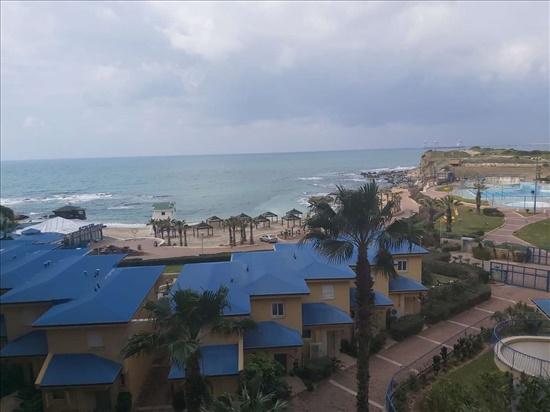 דירה למכירה 3.5 חדרים בחדרה רחבעם זאבי 1 כפר הים