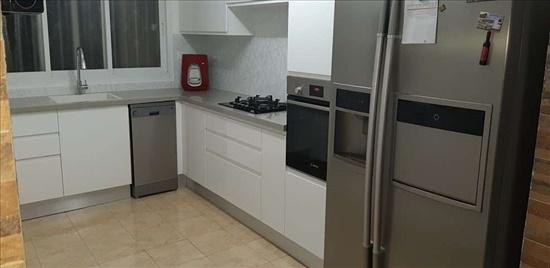 דירה למכירה 5 חדרים בחיפה כרמיה 11 קרית שפרינצק