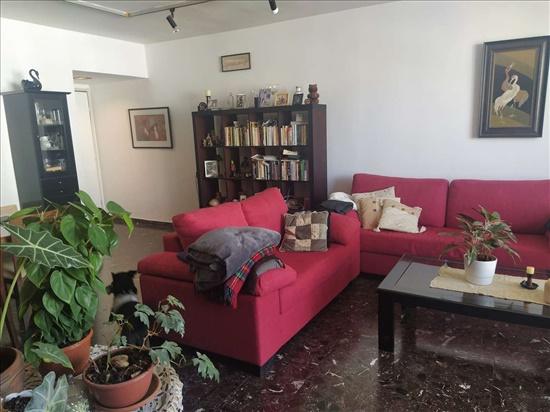 דירה למכירה 5 חדרים ברמת השרון הקוצר הדר