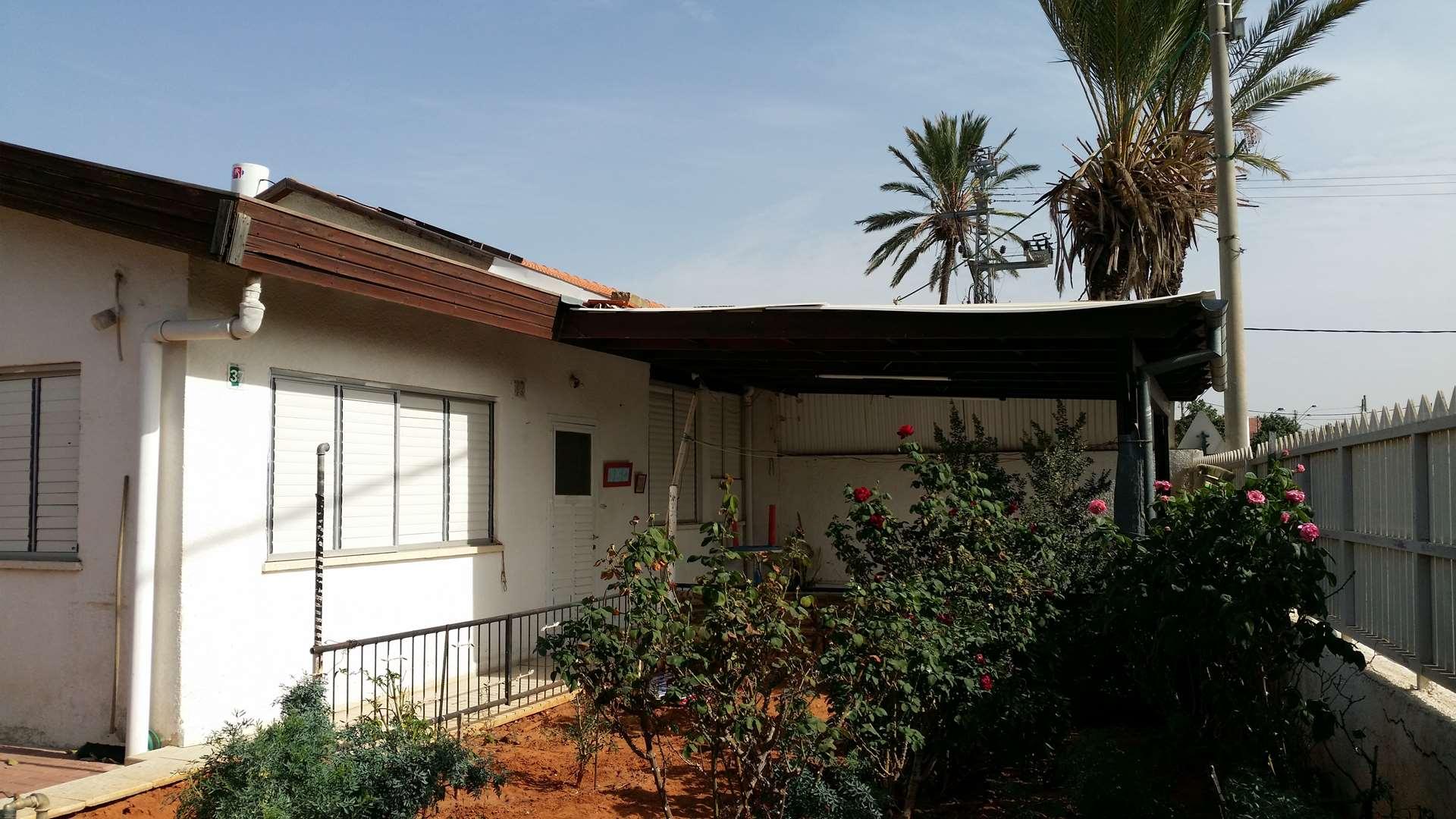 מגרש למגורים למכירה 4 חדרים ברעננה י.ל. פרץ