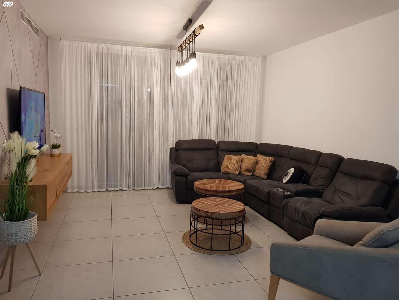 דירה למכירה 4 חדרים בקרית גת שדרות אבני החושן כרמי גת