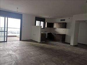דירה למכירה 5 חדרים בטירת כרמל הלחי 12