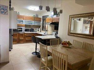 דירה למכירה 5 חדרים בקרית ביאליק לוטם