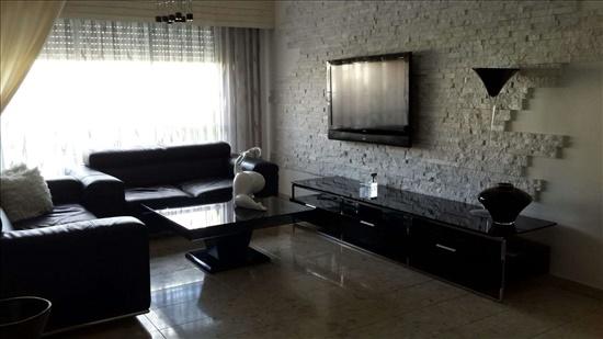 דירה למכירה 4 חדרים בטירת כרמל הרדוף הרדוף