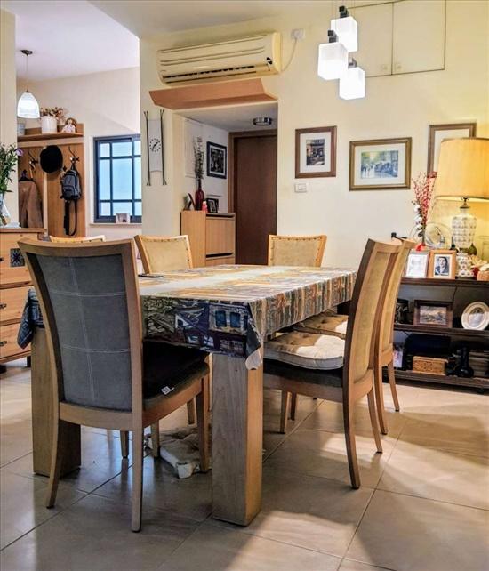 דירה למכירה 4 חדרים בירושלים ח.ד שחר 1 בית הכרם