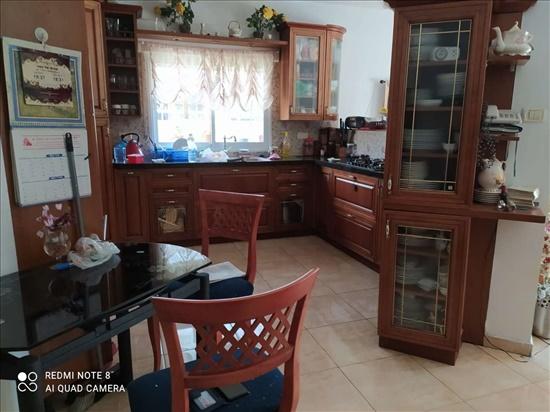 דירת גג למכירה 5 חדרים בחיפה אלברט  שיווצר מת אשכול