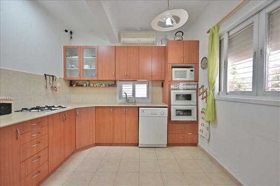 דו משפחתי למכירה 4.5 חדרים בהרצליה  דויד אלעזר נוה  עמל