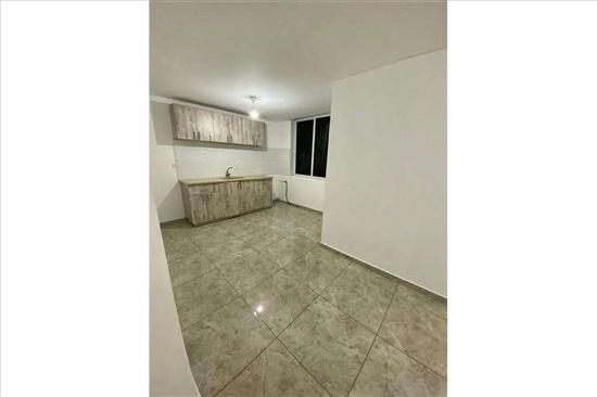 דירה למכירה 3.5 חדרים בחולון צאלים נאות רחל