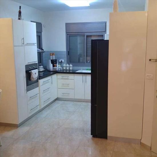 דירה למכירה 5 חדרים בנהריה קפלן עין