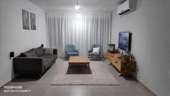 דירה למכירה 3.5 חדרים ברחובות בנימין מרכז