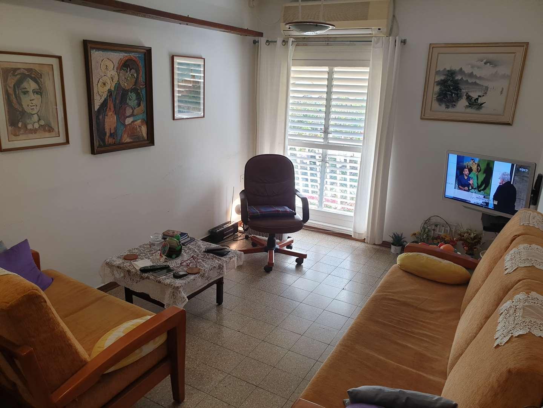 דירה למכירה 3 חדרים בחולון אלופי צהל 49