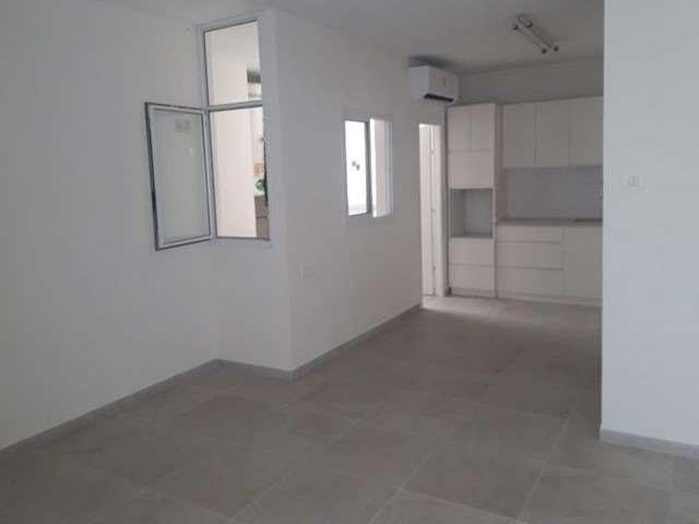 דירה למכירה 5 חדרים ברעננה שברץ 22