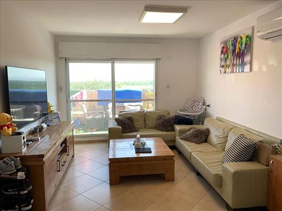 דירה למכירה 3 חדרים בחדרה הצאלון בית אליעזר