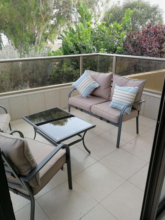 דירה למכירה 4 חדרים בנתניה מסריק פרדס הגדוד