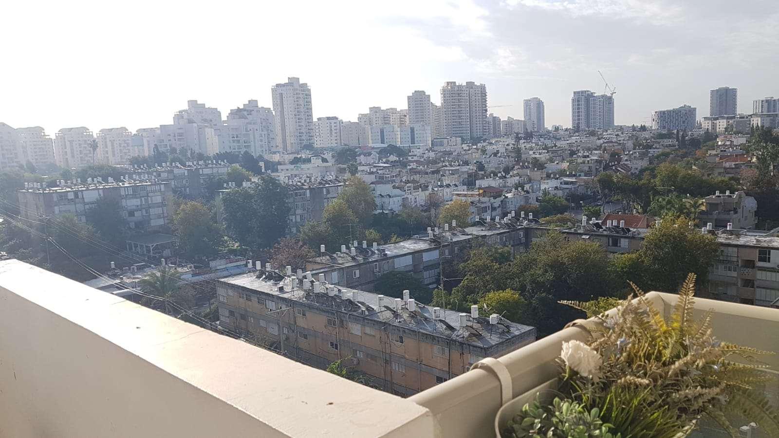 דירה למכירה 4.5 חדרים בגבעת שמואל הנשיא