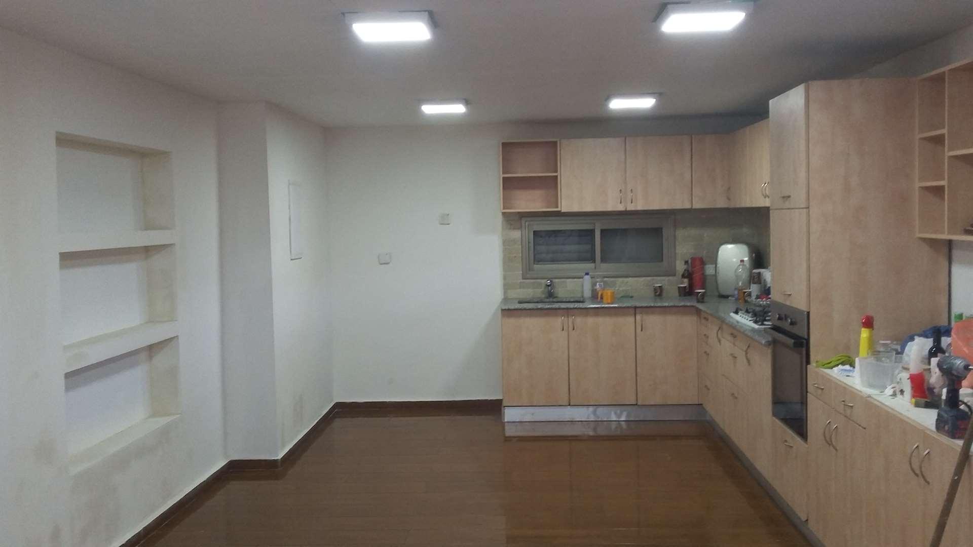 דירת גן למכירה 5 חדרים בעמנואל חת''ם סופר