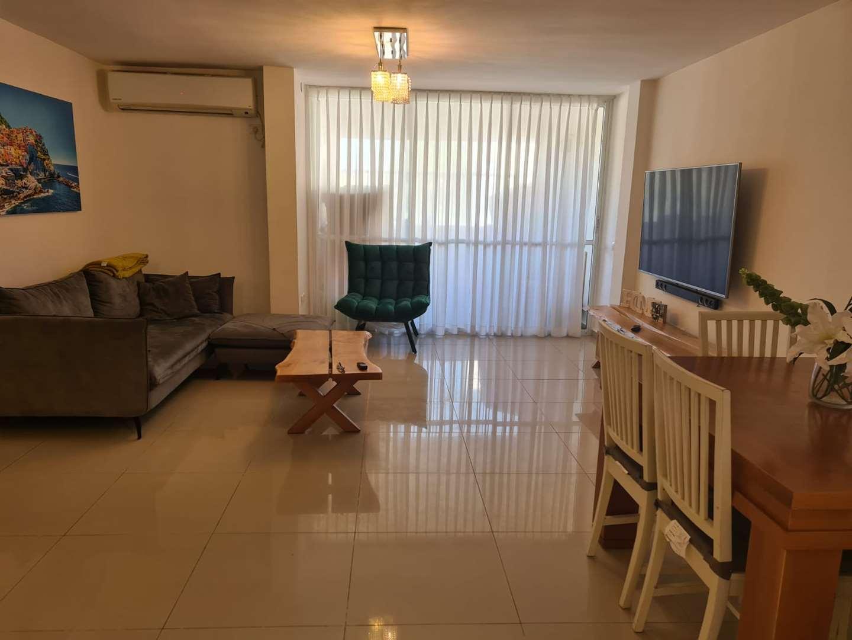 דירה למכירה 1 חדרים ביהוד מונוסון עץ האפרסק