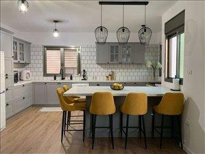 דופלקס למכירה 5.5 חדרים בנתניה צרפת