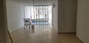 דירה למכירה 4 חדרים בבת ים הרב מיימון