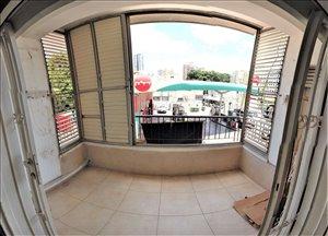 דירה למכירה 2.5 חדרים ברמת גן דרך זאב ז'בוטינסקי