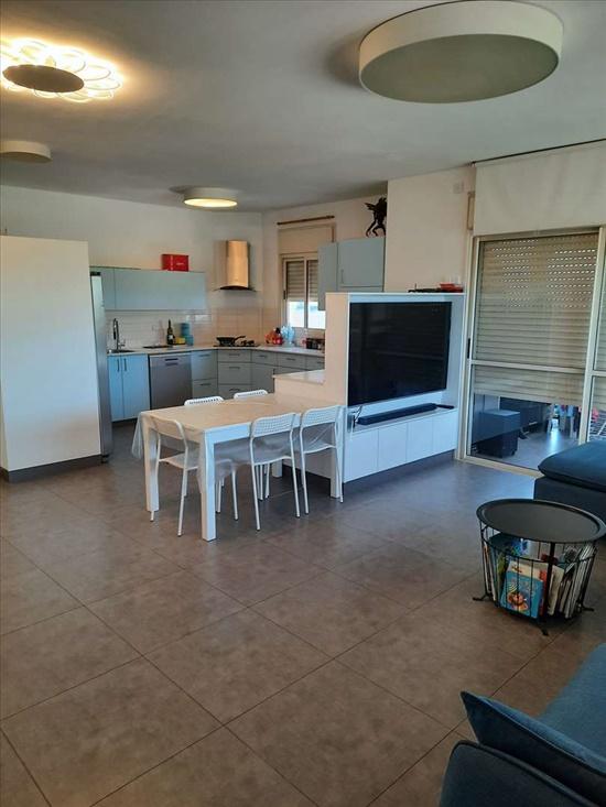 דירה למכירה 4 חדרים בראשון לציון הפסנתר נאות אשלים