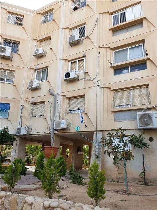 דירה למכירה 4 חדרים בבאר שבע שאול המלך יא