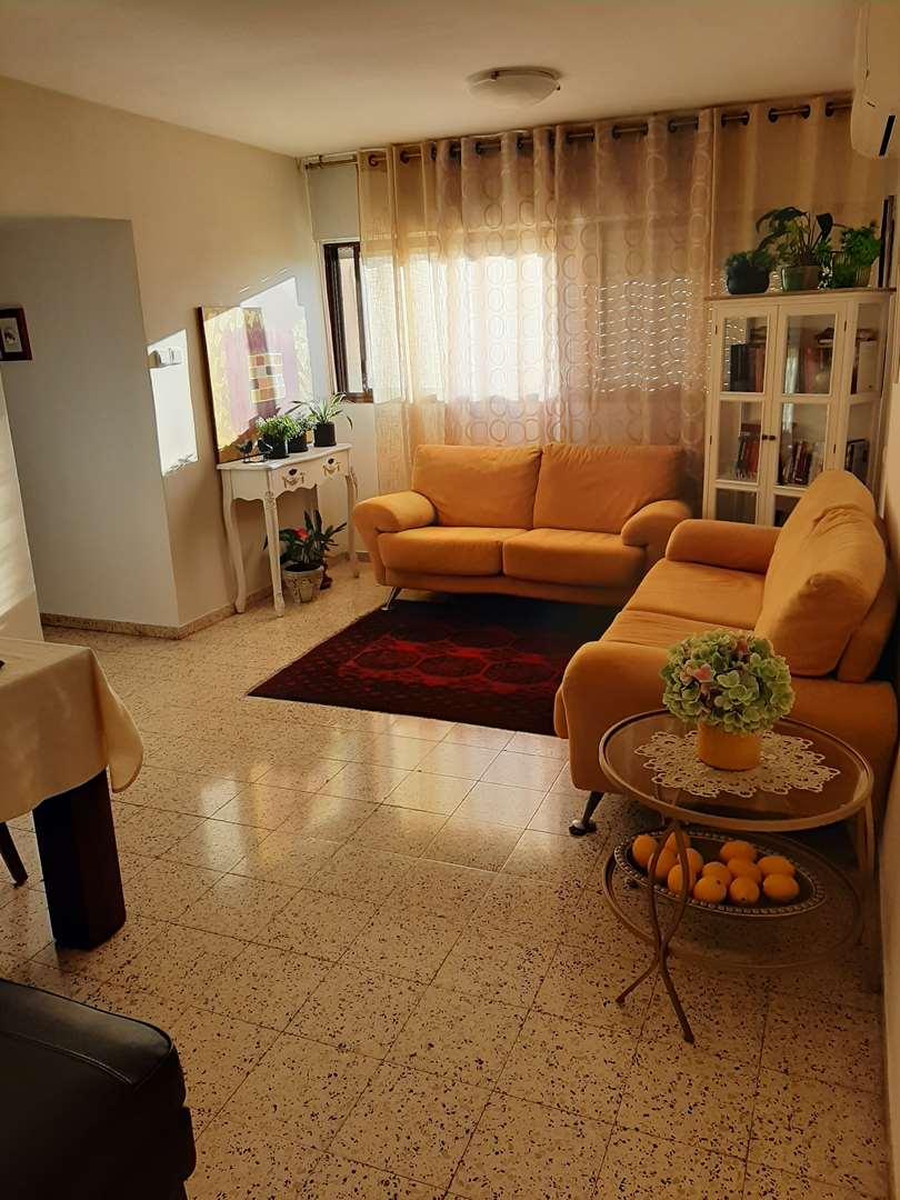 דירה למכירה 4 חדרים בחיפה שדרות המגינים