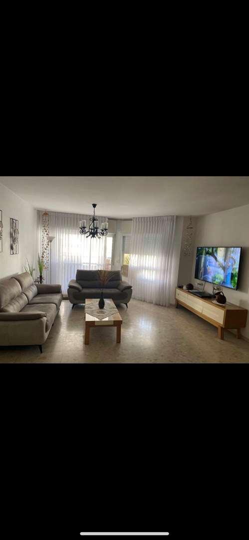 דירה למכירה 6 חדרים באשדוד עצמאות העצמאות