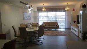 דירה למכירה 4 חדרים בבאר יעקב ספיר