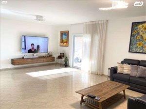 דירה למכירה 4 חדרים בחולון יגאל ידין