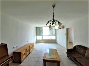 דירה למכירה 4.5 חדרים ברמת גן הרצל