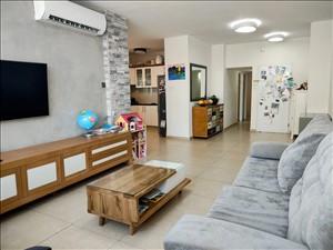 דירה למכירה 4 חדרים בחולון אלופי צה''ל