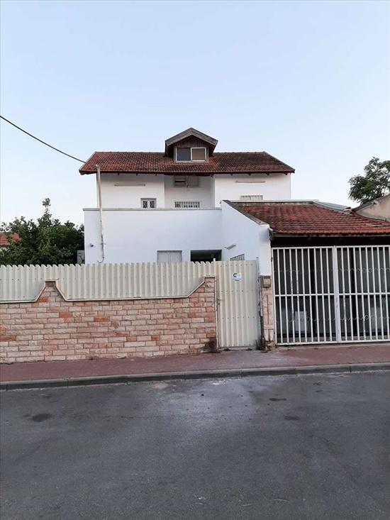 וילה למכירה 8 חדרים באשדוד הדוכיפת רובע ב'