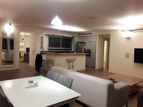 דירה למכירה 5 חדרים בהרצליה אריאל אופק הרצליה הירוקה
